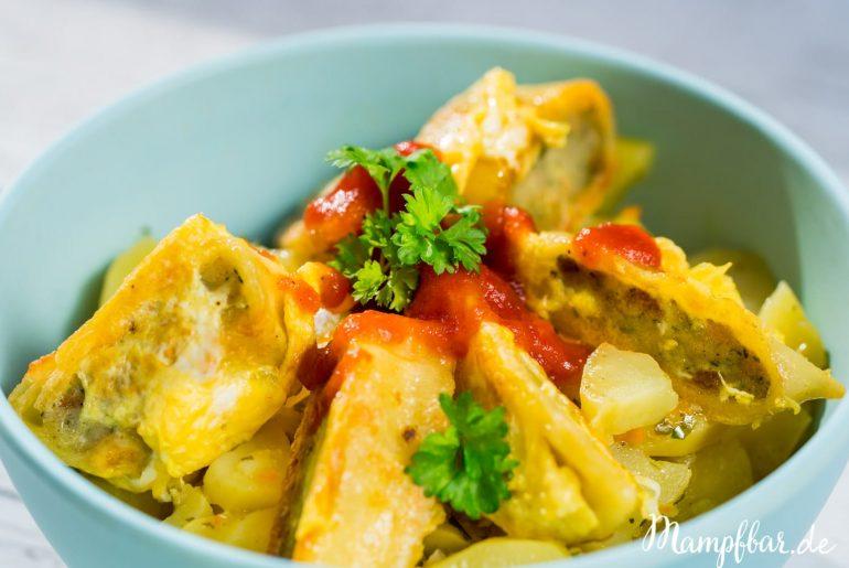 Das ist eins unserer Lieblingsrezepte! Schnelles und einfaches Essen für Kinder: gebratene Maultaschen mit schwäbischen Kartoffelsalat! Klick hier für das ganze Rezept und weitere leckere Ideen für deine Kinder.