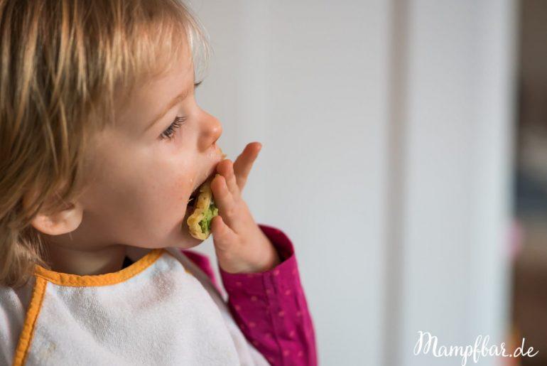 Pfannkuchen eignen sich auch super als Fingerfood für Babys und Kleinkinder. Mehr leckere Rezepte für die ganze Familie findest du bei uns auf mampfbar.de