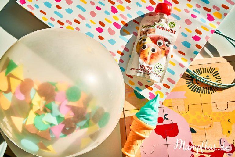 Wir haben ein paar niedliche Gastgeschenke für euren nächsten Kindergeburtstag gesammelt. Neben Luftballons mit Konfetti gibt es noch...
