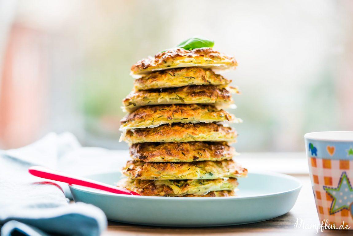 Schnelle Zucchini Bratlinge aus dem Ofen & Frühlingsfreude | mampfbar